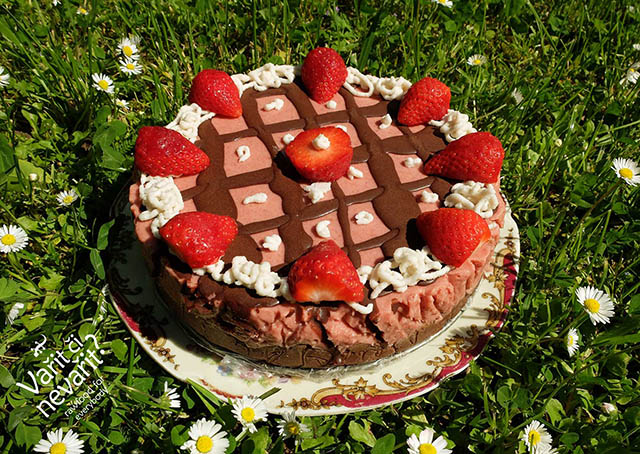 Jahodový raw dort :-)